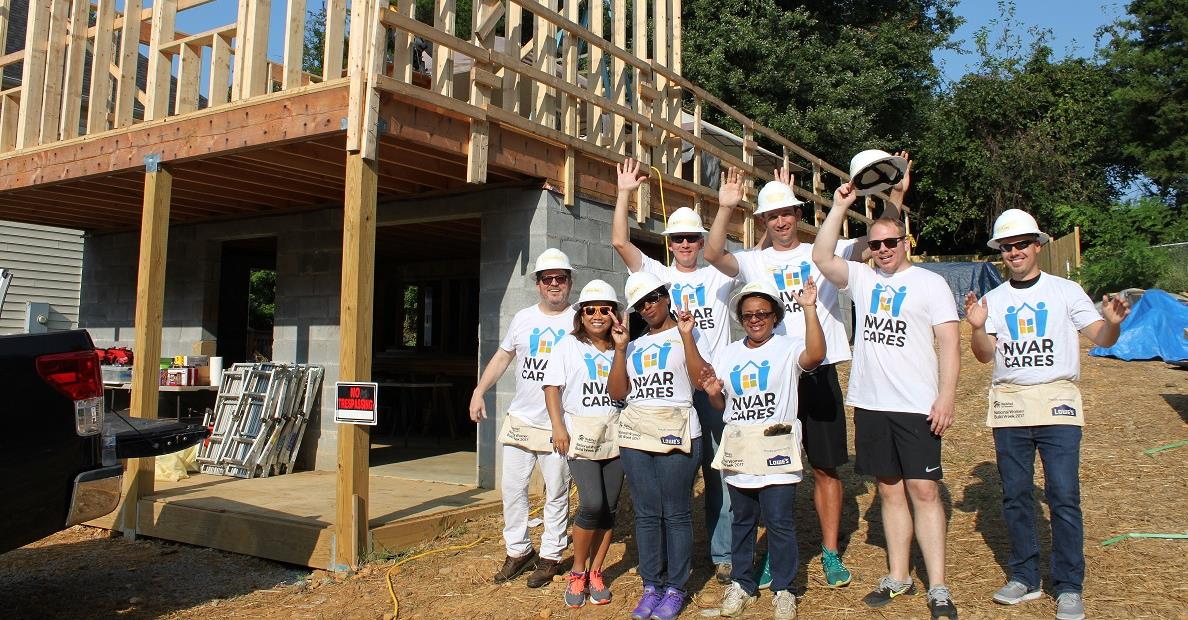 cares-build day-group photo2